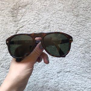Classic Persol 649 Sunglasses